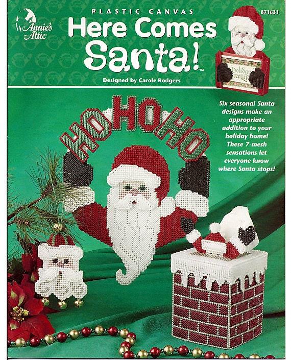 Here Comes Santa Plastic Canvas Pattern Book  Annies Attic 871631