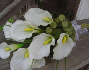 Hand Tied Calla Lilly Bridal Bouquet with Bear Grass and Beautiful Ribbons