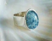 SALE - Blue Cocktail Ring Snowflake Denim Chunky Adjustable Smooth Silver Band