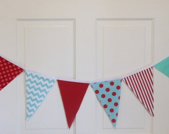VINTAGE CIRCUS Fabric Bunting Pennant Banner