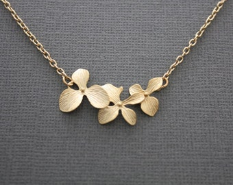 092- Triple orchid garland gold necklace