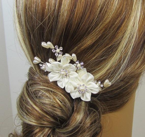 Pearl Flower Bridal Comb, Bridal hair comb, Wedding hair accessories, Bridal Headpieces, Rhinestone hair comb bridal Ready to ship