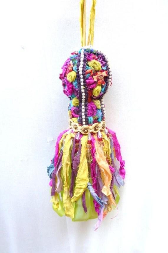 Decorative tassel bohemian decor gypsy decor colorful - Decoratie opgeschort wc ...
