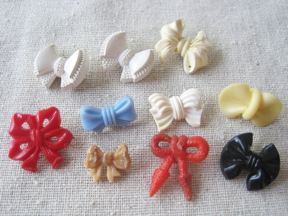 10 realistic vintage buttons -- bows ribbon -- variety pack of colors