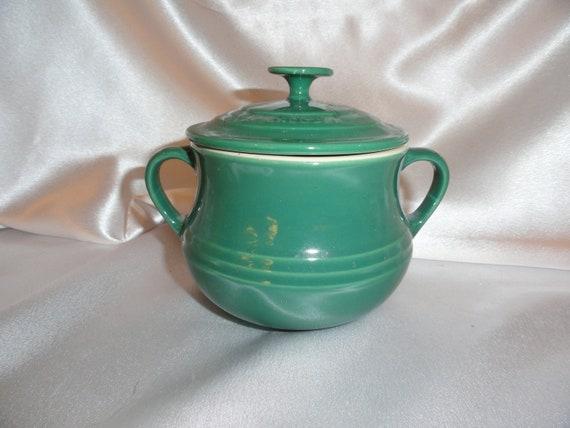 Le Creuset Bean pot number 01.01 Hunter green color