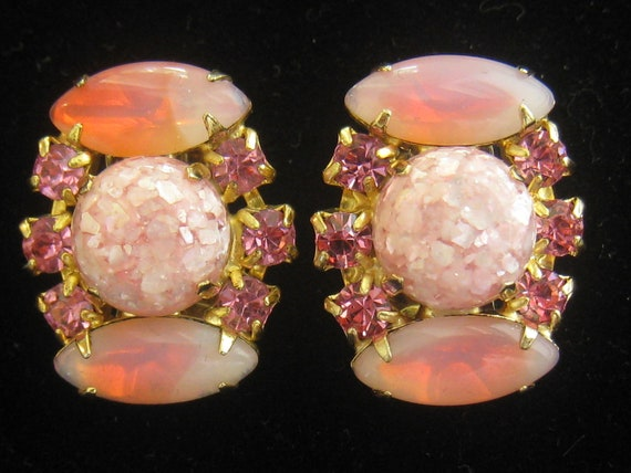 SALE Vintage Pink Earrings have Rhinestones Confetti Round Cabs & Givre Glass Marquis Cabs with Firey Glow
