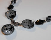 Gray, Black, & Silver Necklace with Stretchy Bracelet Set Has Heart Accent Beads