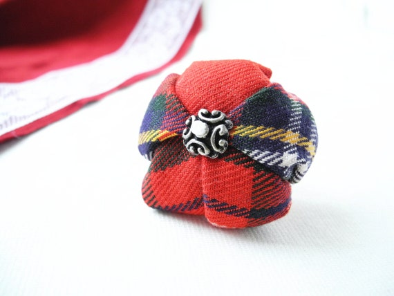 Tartan fabric flower ring plaid texture red green - ready to ship