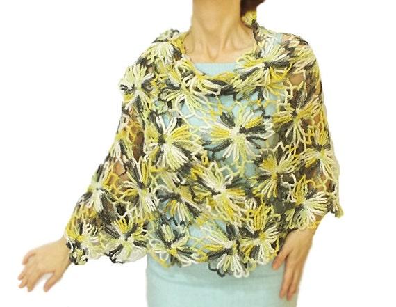 BIG SALE, Handmade Crochet shawl, Floral pattern, Triangle, Handmade shawl, Grey/White/Yellow transitive