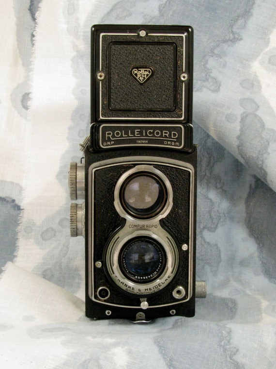 Camera,Vintage, Rolleicord 111, Zeiss f3.5, partial case, c1950's, A steal PRICE