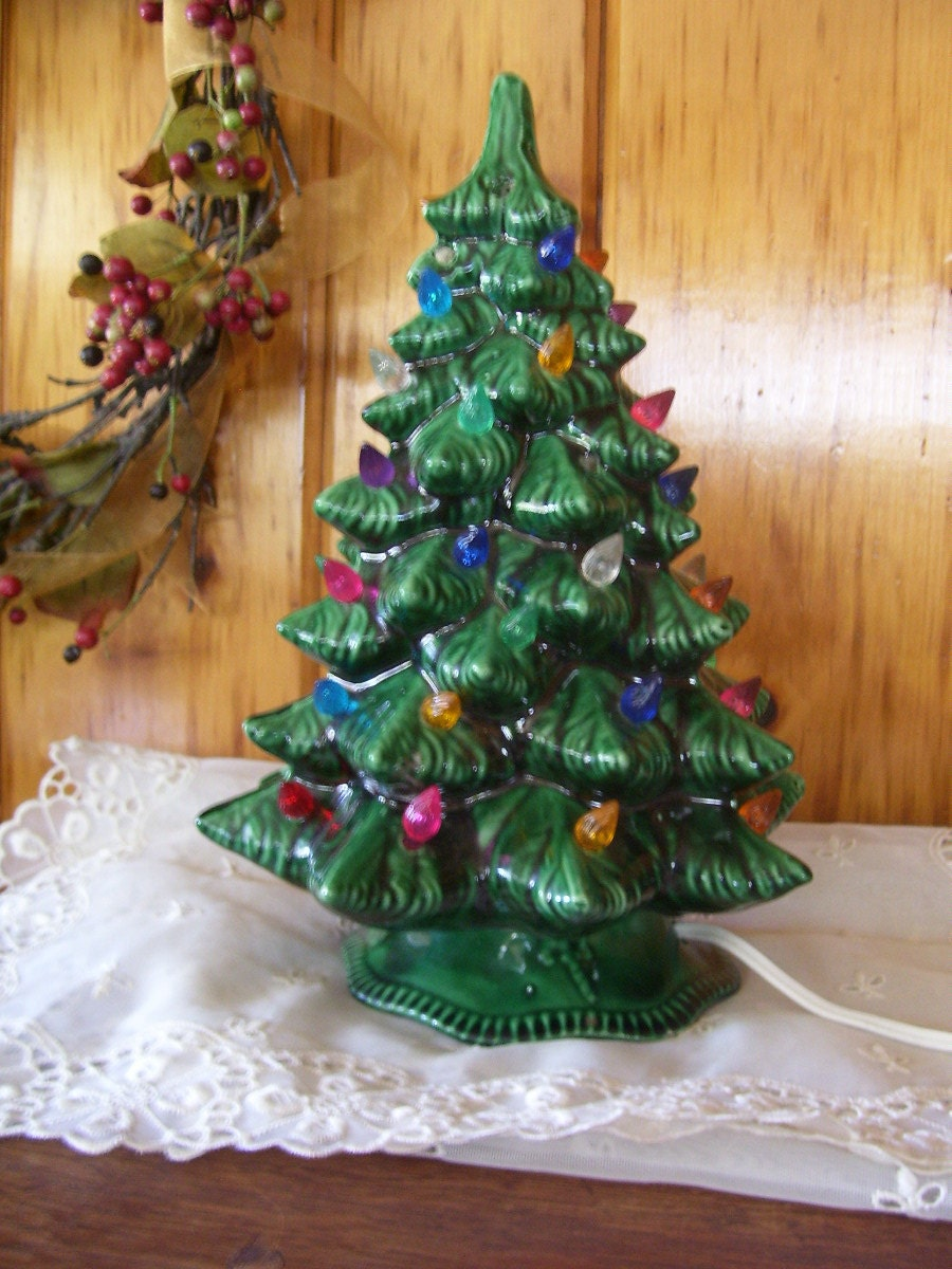 Antique Atlantic Mold Ceramic Christmas Tree by ...