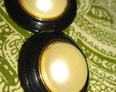 Plastic Vintage Buttons 2 pcs.
