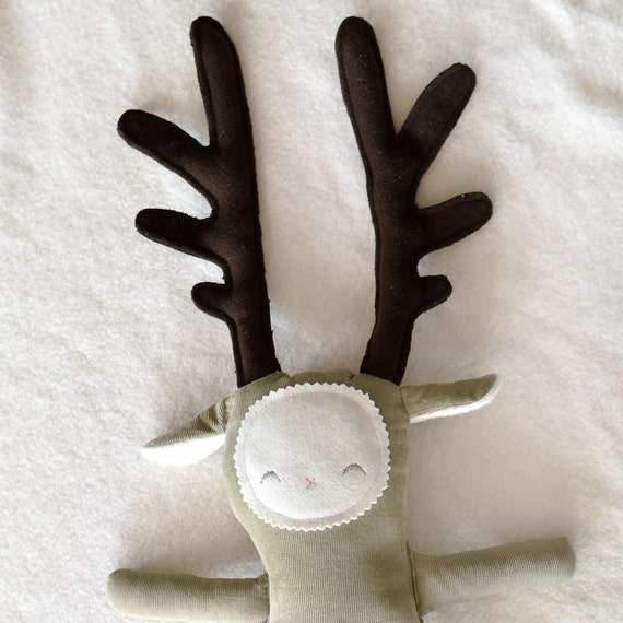 diy oobee reindeer kit: make your own sweet festive soft toy in cotton corduroy and wool felt