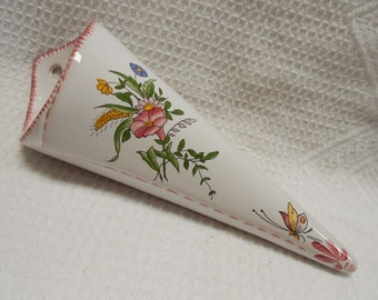 Vintage French Handpainted Floral Faience Wall Pocket (A469)
