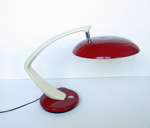 Fase Boomerang desk table lamp Madrid Spain. Beautiful light from the  1960s and early 1970s