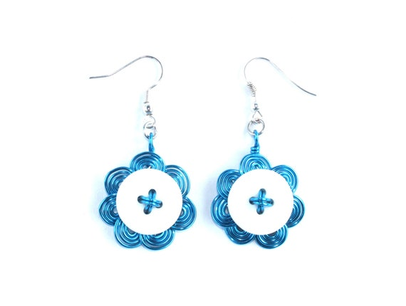 Wired button earrings in blue and white, wire wrapped, flower shaped, button jewelry