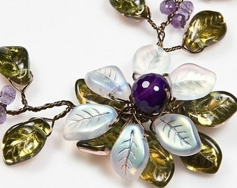 Purple and Green Flower Necklace, Amethyst Beaded Necklace, Nature Jewelry