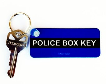 Who Police Box Doctor Keychain: Police Box Key