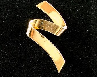 MONET Gold Ribbon Brooch