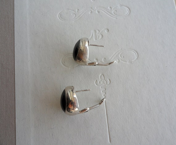Vintage Sterling Silver and onyx Tear drop post earrings