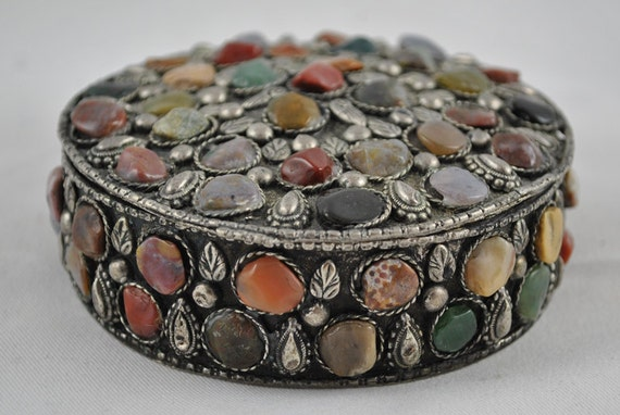 FREE SHIPPING SALE Art Deco  Retro Hippie Boho Stone Vintage Hand Crafted Silver Hinged Natural Stone Multi Colored Trinket Jewelry Pill Box