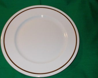 """One (1) 9 3/4"""" Bone China Dinner Plate, from Elizabethan China of England"""
