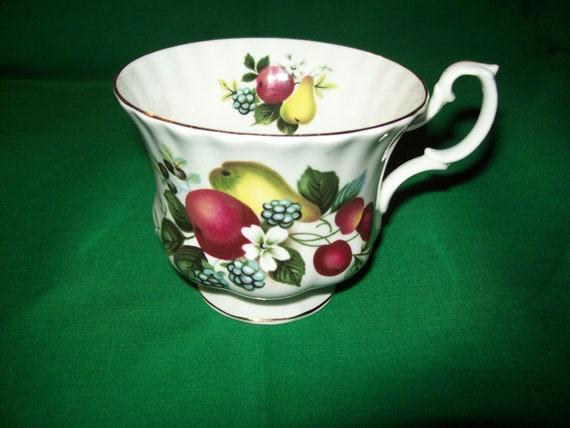 Royal Albert Tea Cup, Fine English Bone China, Fruit Motif
