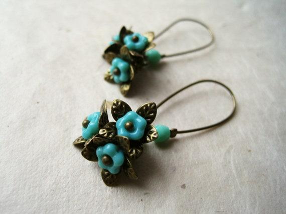 Teal Flower Earrings, Glass Flower Earrings, Flower Jewelry, Beaded Earrings, Wire Wrapped Earrings, Antique Brass Accents. FDE7