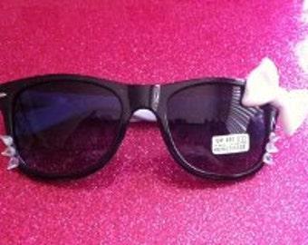 Pick one pair of hello kitty sunglasses