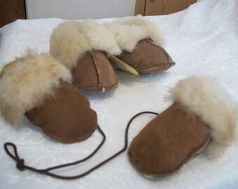 Sheepskin Thumbless Baby Mitten