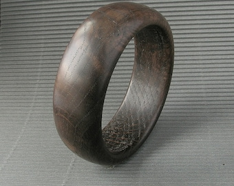Wooden bangle oak QUEEN of the NIGHT