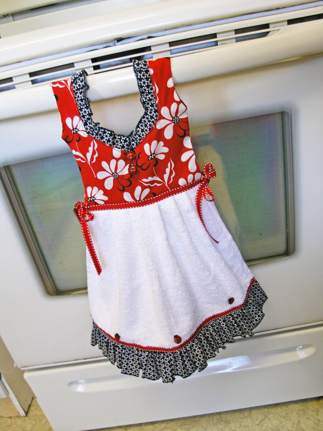 dish towel dress in mod red black and white flowers