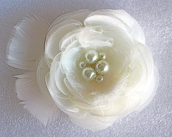 Wedding hair accessories/ wedding hair flower/ bridal hair flower/ fabric flower