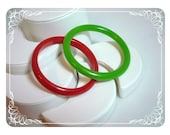 Red & Green Lucite - Plastic Bracelets  1098a-042412000