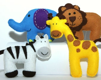 Felt Plushie Safari Collection Handsewing Pattern PDF. INSTANT instructions to make lion, zebra, giraffe and elephant plushies.