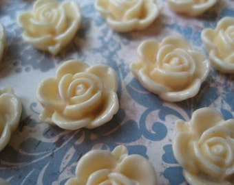 Cream Resin Roses... 12 pc Resin Cabochon Flowers... 14mm