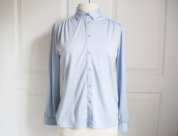 Vintage 70s powder blue blouse/ lightweight summer shirt/ long sleeve/ pleated