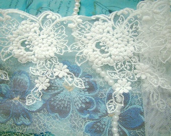 Off White Emroidery Lace Trim With Grace peonies