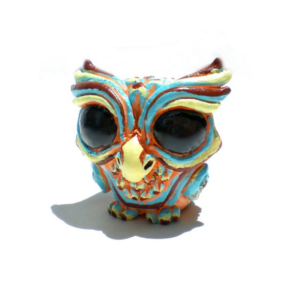Resin Figure Wise Owl, Retro Cream Version, Designer Toy