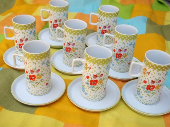 Millefluer Avant Garde Collection Japan Full set of 8 Tall Cups and Saucers Bright Green Yellow Orange Red Blue