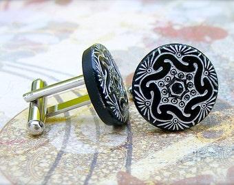 In Gear - Czech glass button cufflinks