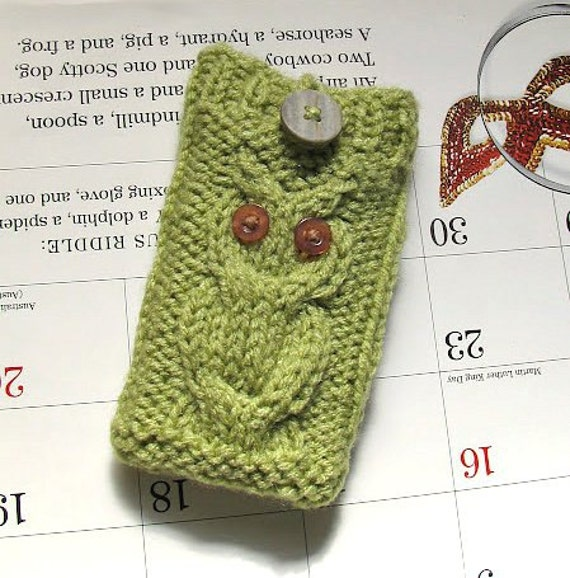 iPhone 5 case, iPod Touch cover, Android mobile phone bag, Blackberry holder, Smartphone, HTC Droid Incredible sleeve, Owl knit in Honeydew