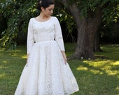 Vintage 1950s White Lace Tea Length Wedding Dress with Full Skirt S