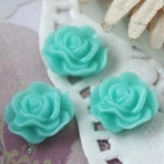 13mm aqua blue resin flower cabochon push pin thumb tack