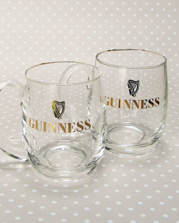 cute pair of retro half pint guinness glasses with handles. Black Bedroom Furniture Sets. Home Design Ideas