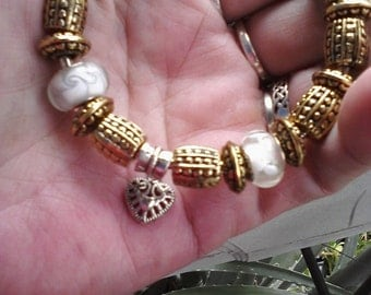 Classic gold and Murano glass, small, Euro style bracelet
