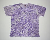 SALE / Vintage 80s Purple and White Harrah's Casino Short Sleeve Tshirt / Poker Playing Cards Dice Top
