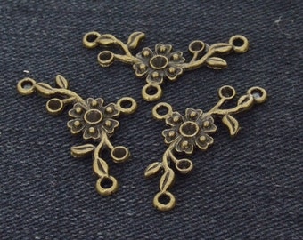 12Beads 3loops Flower Link Base Antique Bronze Vintage Brass  Flower Connector pendant Base Setting ----- 16mmx 32mm ----- 12Pieces 2C