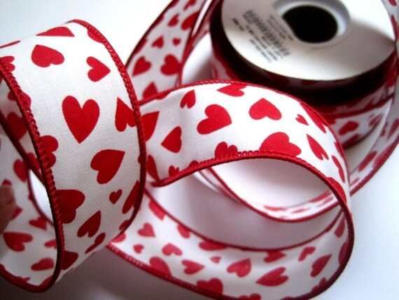 "Hearts All Over Wired Ribbon, Red / White, 1 3/8"" inch wide, 1 yard, For Gift Packing, Wreaths, Center Pieces, Home Decor, Romantic Crafts."