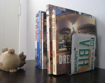 FLORIDA  LICENSE PLATE Bookends- Perfect for an Office - Mancave - Den.....many states available